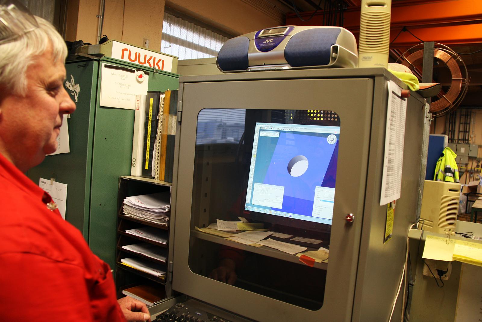 Inredning maskiner och verktyg : Robotarna tar över   ETC