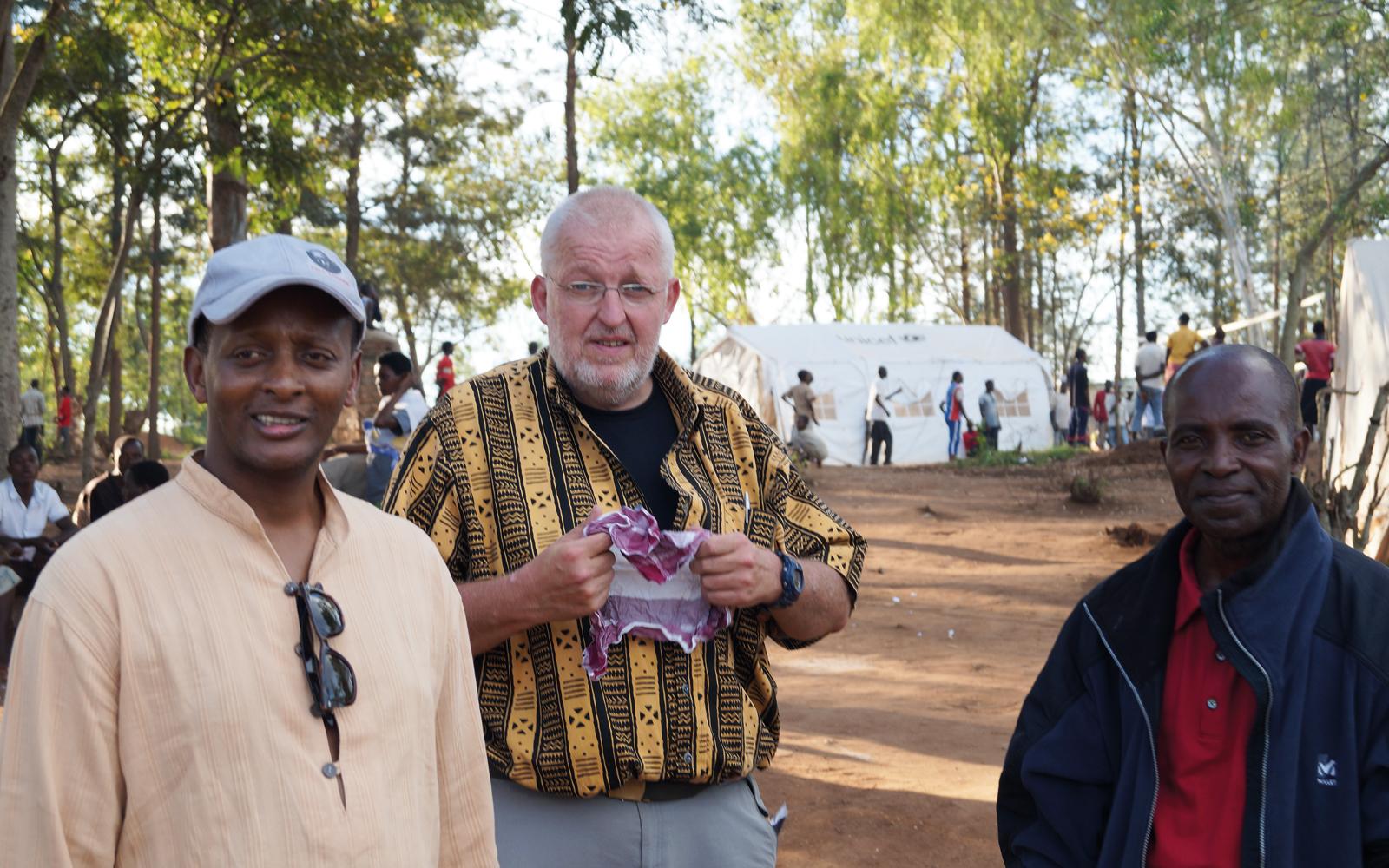 Frankrike varnar rwanda militart ingripande om massakrerna fortsatter