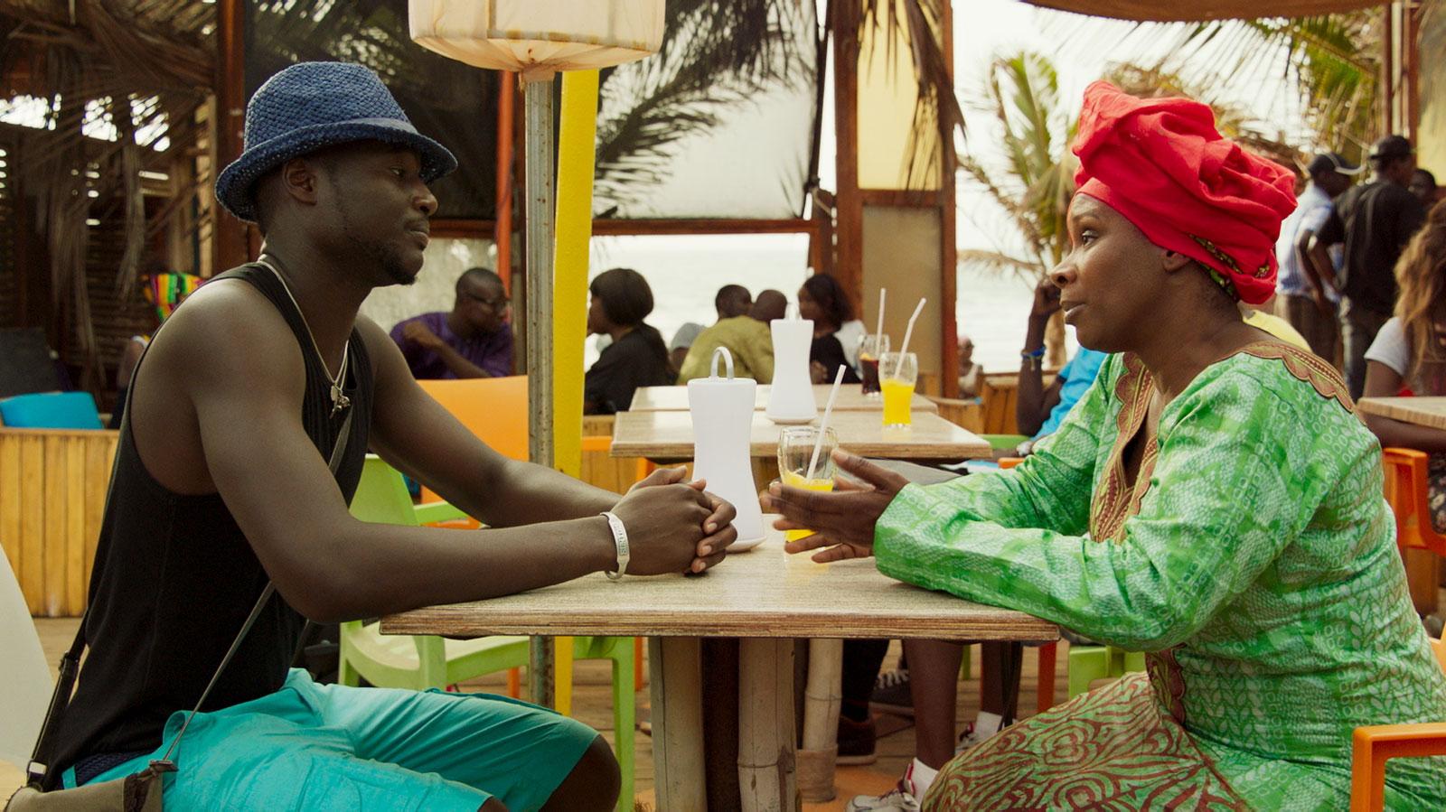 Afrikanska kvinnor sprutande