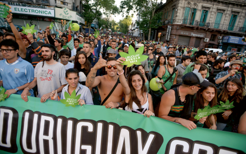 Demonstration innan legaliseringen av cannabis blev ett faktum.  Bild: Matilde Campodonico