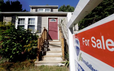 Fastighetskraschen från 2008 verkar aldrig ta slut. Den bara fortsätter.