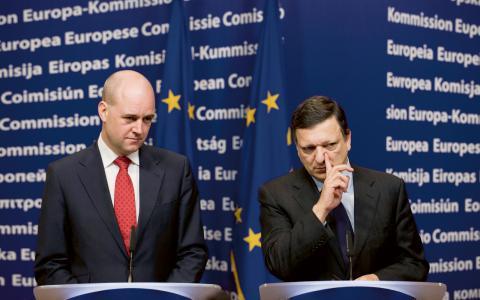 Statsminister Fredrik Reinfeldt och EU-kommissionens ordförande José Manuel Barroso vill inte göra något åt det största hotet mot livet på vår planet, skriver Carl Schlyter (MP).  Bild: Henrik Montgomery/TT