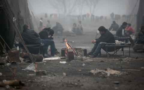 Endast fyra procent av alla syriska flyktingar tas emot av EU, skriver Talla Alkurdi och Magnus Nilsson.  Bild: Valentina Petrova/TT