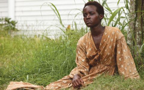 Lupita Nyong'o som slaven Patsey i filmen 12 years a slave. En rollprestation som belönades med en Oscar.
