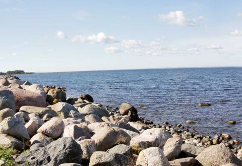Ett svenskt Nato-medlemskap skulle dock öka spänningarna runt Östersjön, Barents och vår övriga närhet, menar skribenterna. Bild: Guillaume Baviere