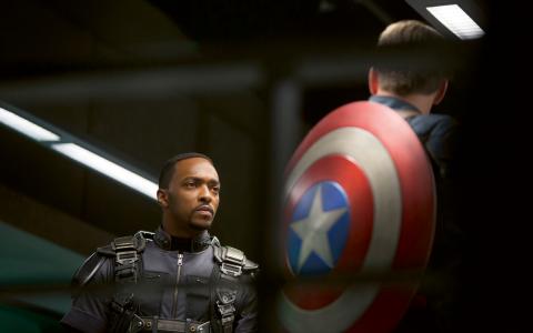 Prism-skandalen, där Edward Snowden avslöjade att NSA spionerar på civila hela världen över, märks redan i film – som här i Captain America. Bild: Marvel