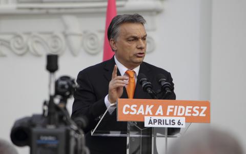 Viktor Orbáns nationalkonservativa parti Fidesz tog hem en ny valseger och supermajoritet, sedan oppositionen på flera sätt hindrats nå ut till folket.  Bild: Joakim Medin