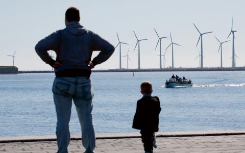 """""""En studie från Vindval visar att vindkraft har en begränsad påverkan på turismen"""", skriver Johanna Olausen.  Bild: Johan Wessman/News Öresund"""