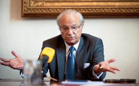 """""""Det finns ett intresse kring det som händer i kungafamiljen och den rutinmässiga bevakningen blir ganska okritisk"""", säger Ulf Johansson, programchef för riksnyheter på Sveriges television om bevakningen av kungen. Bild: Anders Wiklund/TT"""
