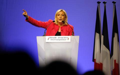 Marine le Pens nationalistparti väntas bli det största franska partiet i EU-parlamentet.  Bild: Claude Paris/AP/TT