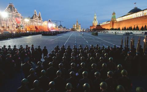 Os agenter forsokte salja roster till moskva