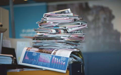 """Överlevnad. """"Det räcker inte för en tidning att gå med vinst, den måste gå med kraftig övervinst för att överleva"""", skriver Gunnar Wesslén. Bild: Fredrik Sandberg/TT"""