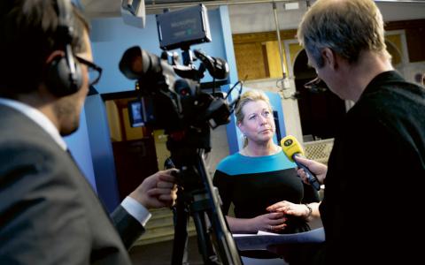 Infrastrukturminister Catharina Elmsäter-Svärd (M) medger att domstolens beslut ska respekteras. Bilden är tagen vid ett annat tillfälle.  Bild: Bertil Ericson/TT