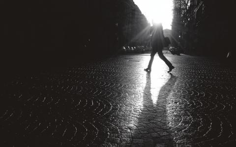 """Är det verkligen en klassresa en gjort om en tvingas hoppa mellan tillfälliga anställningar och vikariat, funderar Rasmus Landström efter att ha läst Lena Sohls avhandling """"Att veta sin klass"""".   Bild: Le Tchétché/Flickr"""