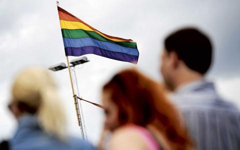 Varken i texten om straffskärpning eller i lagen om hets mot folkgrupp nämns något om transpersoner. BILD: TT