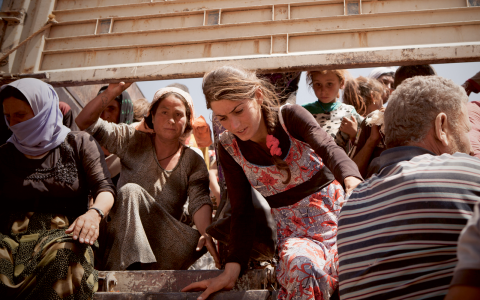 Tusentals yezidier har räddats från Irak in till syriska Kurdistan i fordonskaravaner. Bild: Thorkil Rothe