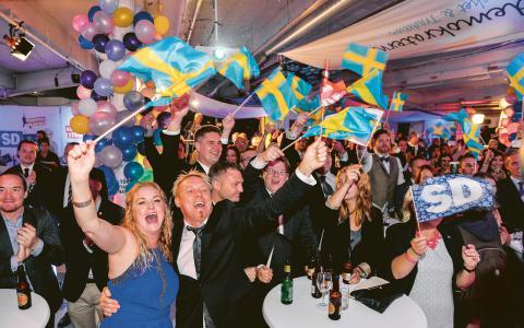 Sverigedemokraternas frammarsch är en konsekvens av ökande klyftor där de som hade det tuffast fått det ännu svårare. Det är dags att bryta denna politik.  Bild: Anders Wiklund/TT