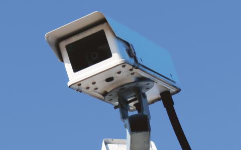 Tryggt? Åtta år av en moderatledd regering har lett till ett övervakningssamhälle, menar Martha Wicklund (V). Bild: Stock Xchng
