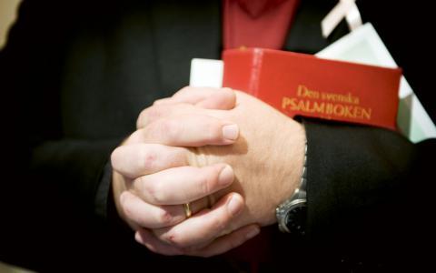 """Värdighet. """"Det handlar inte enbart om de hjälpsökandens värdighet utan om allas vår värdighet. Kyrkans diakoni utgår ifrån övertygelsen om livet som en Guds gåva, att generöst delas i såväl överflöd som yttersta nöd.""""  Bild: Lars Pehrson/SvD/TT"""