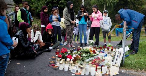 I september förra året sköts en 17-åring och en 28-åring till döds i Biskopsgården. Efter morden startade polisen Trygg i Göteborg och hittills har 102 pistoler, 26 automatvapen, 15 gevär och 3 hagelvapen beslagtagits. Bild: Adam Ihse/TT