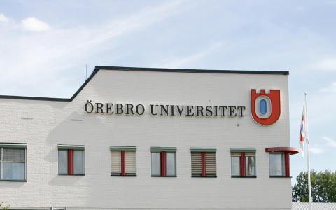Universitetet och Örebros beslutsfattare bör inse att studietiden inkluderar mer än vad som lärs ut i föreläsningssalarna, skriver Marcus Määttä Eklund.  Bild: Helena Jansson