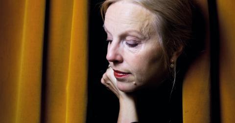 Anne Sofie von Otter spelar bordellmamma/borgmästare i Mahagonny.  Bild: Dan Hansson/SvD/TT