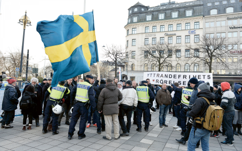 Efter helgens våldsamheter gick social-förvaltningen i Stockholms stad ut och rekommenderade de flyktingbarn som bor på stadens HVB-hem att hålla sig inomhus. Bild: Marcus Ericsson/TT