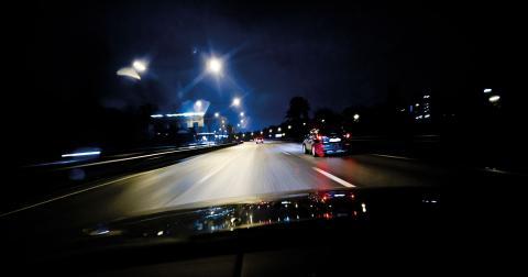 Den app-baserade tjänsten bygger på att bilägare tjänar pengar på att köra privatpersoner.  Bild: Erik Mårtensson/TT
