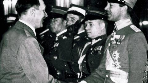 Kungens far arvfurste Gustaf Adolf med Hitler.