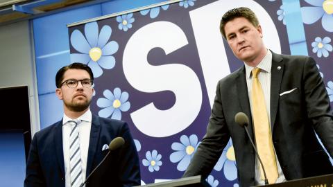 Partiledare Jimmie Åkesson och Oscar Sjöstedt, ekonomisk-politisk talesperson.  Bild: Pontus Lundahl/TT