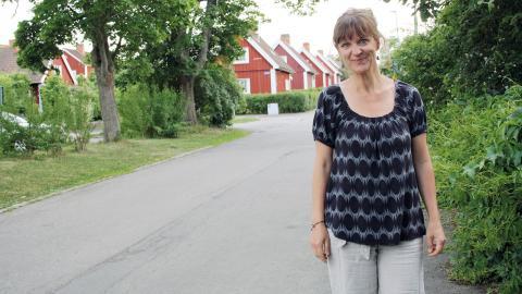 På söndag den 19 juni öppnar boende i Röda stan sina trädgårdar för den femte upplagan av kulturrundan. Den startade på initiativ av Eva Lundgren Stenbom, som själv bor i området.  Bild: Anna Mi Skoog
