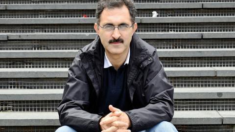 """""""Jag har bevakat flyktingfrågor i flera år, men tills det händer en själv kan man aldrig föreställa sig att själv vara i den situationen"""", säger journalisten Abdullah Bozkurt som tvingats lämna Turkiet. Bild: Kjell Vowles"""