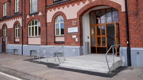 """""""Den höga personalomsättningen har inte analyserats tillräckligt väl. Inte heller har ledningen bedömt vilka risker för hot och våld som personalen kan utsättas för"""", skriver Mats Fuchs, Vänsterpartiet. Bild: Helsingborg.se"""