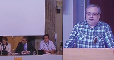 Seppo Laine, fick inte prata klart om SD i Gävles blåbrunt styrda kommunfullmäktige. Bild: Arbetarbladet