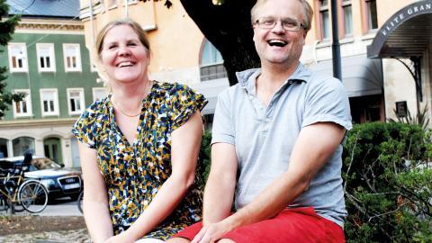 Samverkan är kul! Merja Willman från Norrköpings kommun och Mattias Hjerpe från universitetet drar åt samma håll. Bild: Titti Knutson