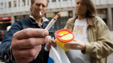 Hepatit B smittar lätt via gamla använda sprutor.  Bild: TT
