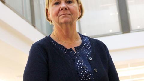 Att blir frisk från cancer handlar om mycket mer än om att bli av med cancern, menar Carina Berterö, professor i omvårdnad.