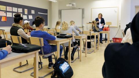 Det kommer studiebesök från Finland hit för att lära sig varför svenska elever är bland de mest kreativa i världen, säger Anders Carlsson, rektor på Djäkneparksskolan.  Bild: Åke Lindgren