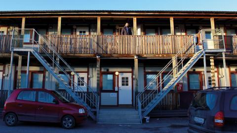 Många tvingas bo i modulbostäder.