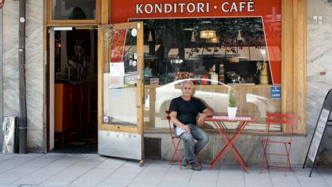 Sami Yavsan, ägare till Café Brodway, överväger kollektivavtal.  Bild: Anna Mi Skoog