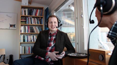 I fem år har Erik Lindenius och  Jesper Enbom spelat in sin podd Mediespanarna från Umeå universitet. Nyligen utsågs den av pr-förtaget Cision till den fjärde hetaste inom området kommunikation.
