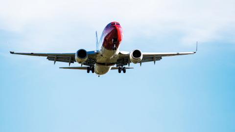 Regeringens särskilda utredare har kommit fram till att flygskatt är nödvändigt för att hejda klimateffekterna.  Bild: TT