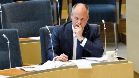 Justitie- och migrationsminister Morgan Johansson (S) under en debatt i riksdagen.  Bild: Izabelle Nordfjell/TT