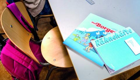 """""""I skollagen står det att papperslösa barn har rätt att gå i skolan, men vad är det för rättighet om den bara innebär en ökad risk för att utvisas?""""  Bild: Lars Pehrson/SVD/TT"""