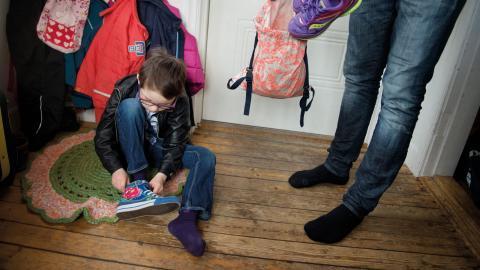 Av de 296 barn som nu finns placerade i olika familjer i Norrköping har 52 barn placerats genom konsulentstödda organisationer.  Bild: Jessica Gow/TT