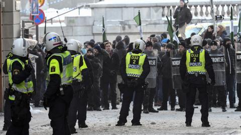 Nordiska motståndsrörelsen demonstrerar i Stockholm. Bild: Johan Nilsson/TT