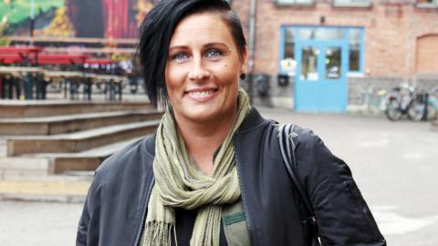 Monica Jalkemo från Blacka musik håller i trådarna inför årets upplaga av Minneskonserten.  Bild: Lisa Karlsson