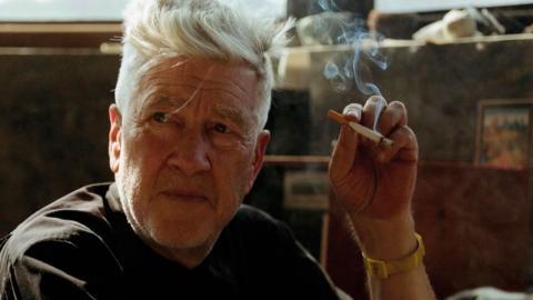 I David Lynch – The art life framträder bilden av en überkreativ konstnär för vilken filmmediet bara är ett av flera uttryckssätt.