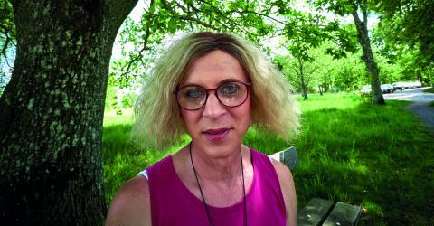 När Andrea Bjerhags bästa vän dog av en hjärntumör bestämde hon sig för att kliva ut ur garderoben .Bild: Kia Roman