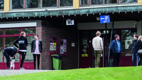 Den nya arrangörsgruppen inspekterar festivalområdet inför helgens Park Sounds. Bild: Daniel Johansson